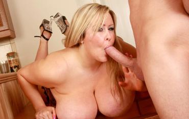 Thumb Mollige Frau